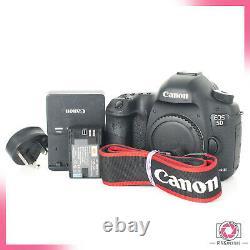 Canon EOS 5D Mark III Digital SLR Camera Body LOW SHUTTER COUNT