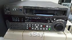 SONY DVW-2000P DIGITAL BetaCam Video Cassette Recorder