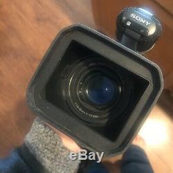 SONY Digital Handycam Video Camera Recorder DCR-VX2000 NTSC Super Steady Shot