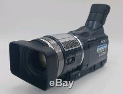 SONY HDR-HC1 HDV Handycam Digital HD Video Camera Recorder HDV 1080i/ mini DV