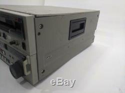 Sony BVW-75 BETACAM SP Digital Video Cassette Studio Editing Player Recorder