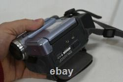 Sony DCR-TRV22E Mini DV Digital Video Camera Recorder / Handycam MiniDV (b)