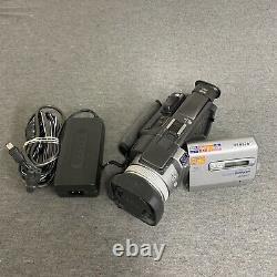 Sony DCR-TRV950 Digital Video Camera Recorder Camcorder (Bluetooth)