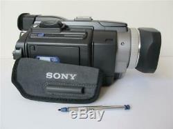 Sony DCR-TRV950 Mini DV Digital Video Camera Recorder withExtras