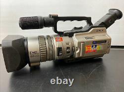 Sony DCR-VX2000E Digital Video Camera Recorder Mini DV Digital Video Cassette