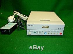 Sony DSR-11 DVCAM Digital Video cassette Recorder (MiniDv)