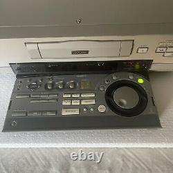 Sony DSR 30 DVCAM Mini DV Edit Play Record Digital Analog S Video VCR Pro Deck
