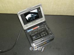 Sony GV-D800 Digital8 Hi8 8mm Video8 Player Recorder Video Walkman VCR Deck