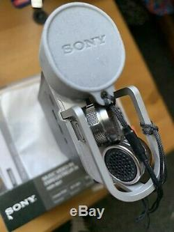 Sony HDR-MV1 Digital HD Video Camera Recorder