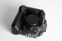 Appareil Photo Reflex Numérique Canon Eos 7d Mark II 20.2 Mp Avec Canon Bg-e16