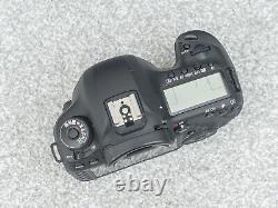 Canon Eos 5d Mark III Corps De Caméra Slr Numérique / Shutter Count 4390