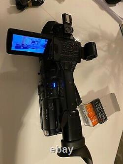 Enregistreur Vidéo Hd Numérique Sony Hvr-z1e + Chargeur