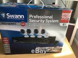 Enregistreur Vidéo Numérique 8 Canaux 960h Cctv De Swann Et 4 Caméras Pro-842