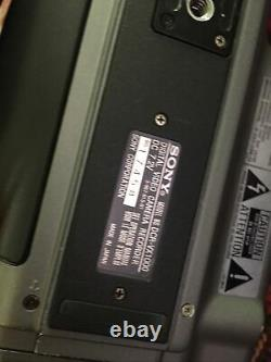 Enregistreur Vidéo Numérique Sony Dcr-vx1000 3ccd Avec Boîtier Dur D'origine Testé