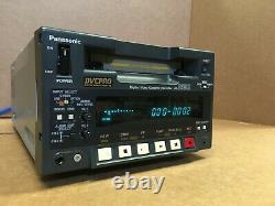 Panasonic Aj-d230h Dvcpro Enregistreur De Cassette Vidéo Numérique Vcr Dv-pro Mini-dv Robinet