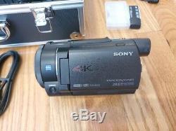 Sony 4k Digital Video Recorder Fdr-ax30 Avec Trépied Et Étui De Transport