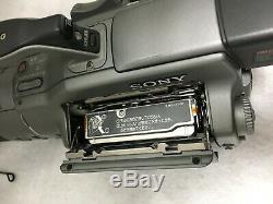 Sony Dcr-vx1000 Camera Recorder Cassette Vidéo Numérique Pour Les Pièces Ou Réparations