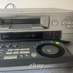 Sony Dsr 30 Dvcam Mini DV Modifier Play Record Digital Analog S Video Vcr Pro Deck