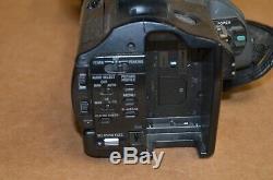 Sony Hvr-z1u Caméscope Enregistreur Vidéo Numérique Hd Pour Pièces Ou Réparation