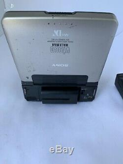 Sony Walkman Vidéo Gv-d900 Lecteur Cassette Vidéo Numérique Enregistreur Pièces Seulement