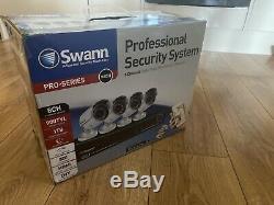 Swann Professionsl Système De Sécurité 8 Canaux Enregistreur Vidéo Numérique Et 4 Caméras